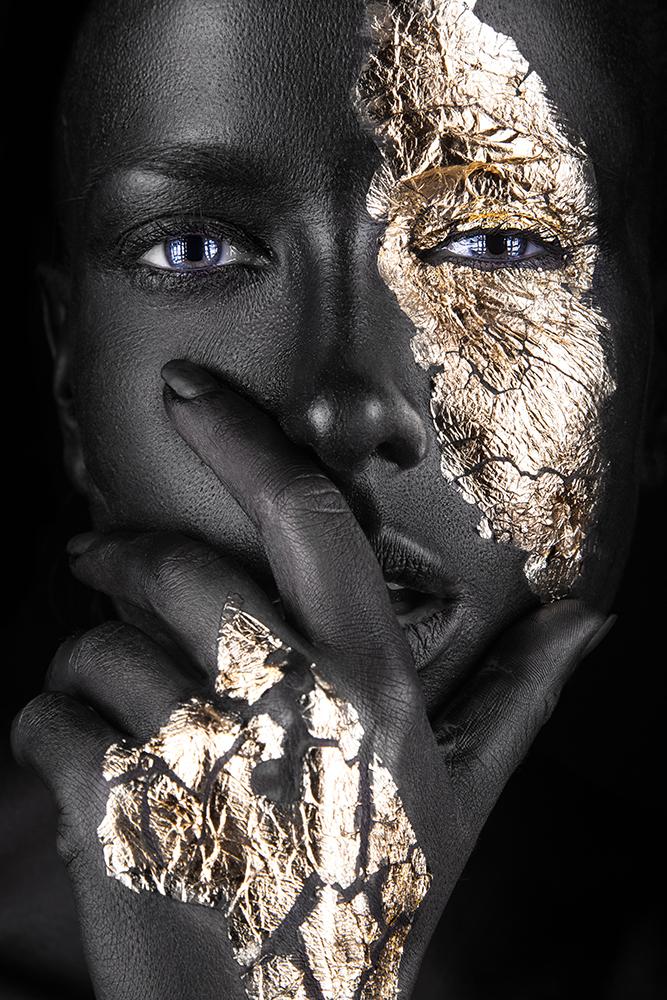 interiør-gold-lady