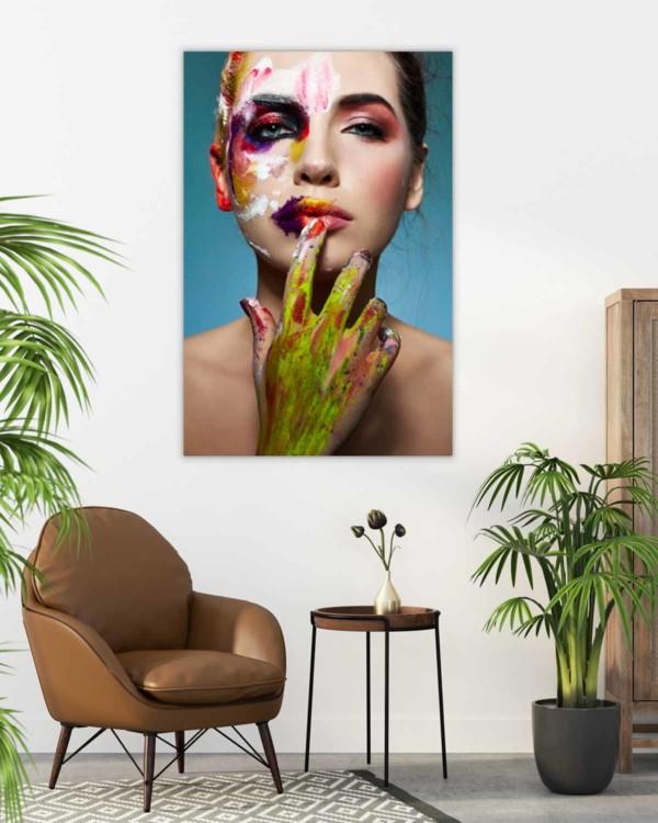 Interiør-Mock-NeonPaint