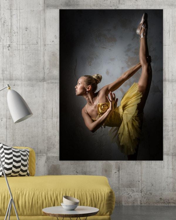Interiør-mock-yellow-dance